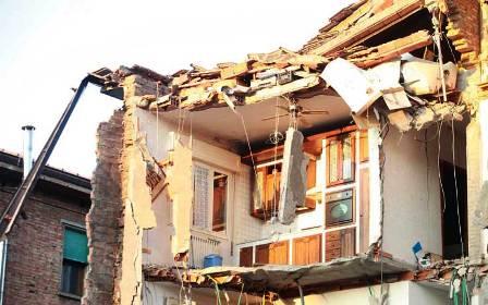 Edificio residenziale crollato durante terremoto 2012