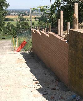nuovo muro di sostegno