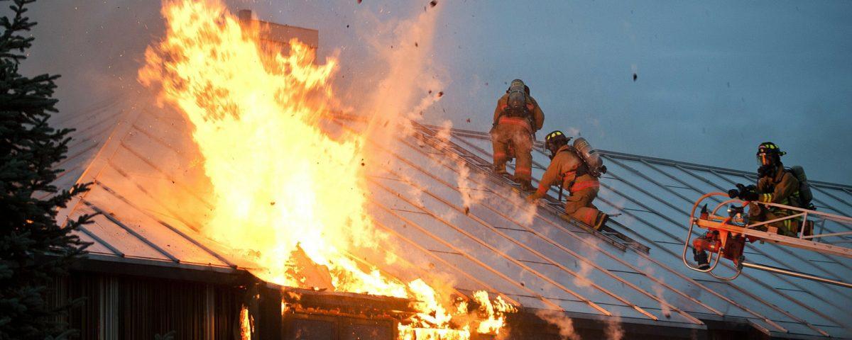Incendio facciate case